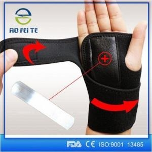 China Rogue carpal tunnel wrist thumb brace support on sale