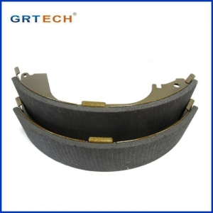 China Toyota New Parking Brake Shoes Assembly AK 2305 on sale