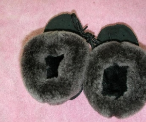 China Lambskin car seat cover Fur/baby shoes on sale