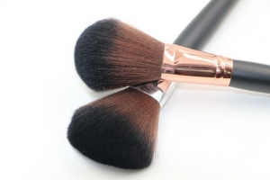 China Makeup Brushes Large Powder Brush on sale