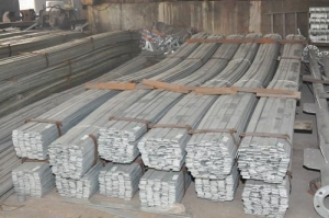 China hot dip galvanized steel flat bars on sale