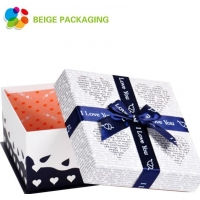 China Gift box Hot selling Christmas gift packaging box on sale