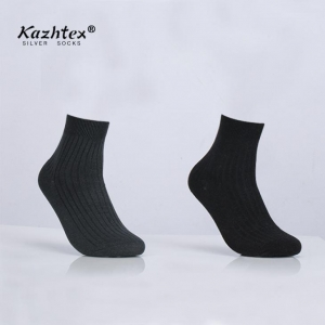 China Silver Socks Whole Sale Men Ankle Silver Socks on sale