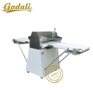 China Pastry Sheeter/Dough Sheeter/Croissant Machine on sale