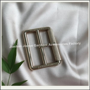 China New design custom Metal alloy waist men or women fashion pin belt buckle on sale