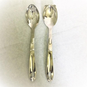 China Kitchen Tools Solid Serving Spoon on sale