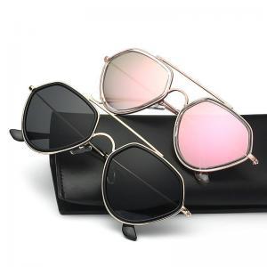 China Love Heart Frame Sunglasses New Womens Sunglasses Fashion Sunglasses Men and Women Street on sale