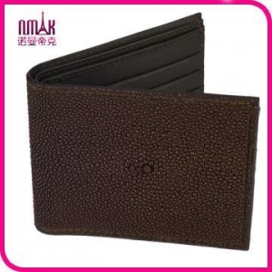 China Handmade Genuine Stingray Skin Leather Men′s ID Photo Card Bifold Wallet Purse on sale