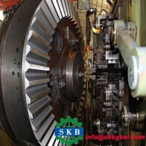 China Customized Helical Bevel Gear Truck Gear Steyr Gear Medium Bridge Spiral Bevel Gear on sale