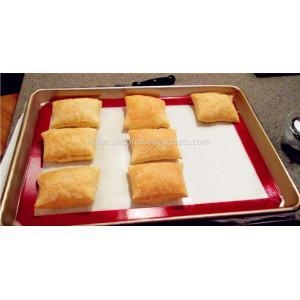 China Silicone Toaster Oven Mat 7.875'' x 10.875'' on sale