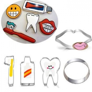 China Amazon Baby Decoration Tooth Brush Shaped Custom Metal Mini Cookie Cutter Set on sale