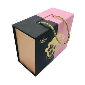 China Book shape food packaging handle box on sale