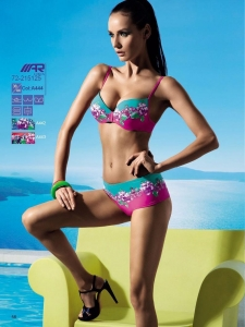 China Swimwear swimming costumes on sale