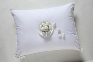China Mulberry Silk Quilting Pillow on sale