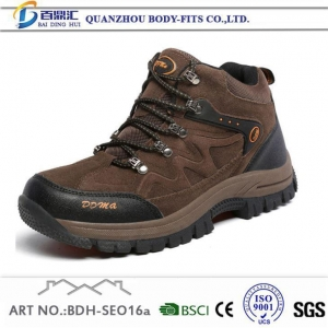 China Columbia Men's Moab Ventilator Waterproof Leather Hiking Shoes Keen Walking Boots for Mens on sale
