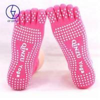 Hot selling yoga toe grip socks for yoga pilates