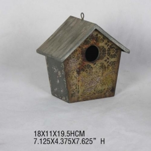 China Hot sale vintage garden metal hanging small bird house on sale