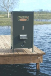 China 215 lb Fish Feeder with Straight Legs on sale