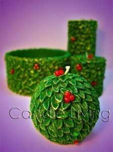 China Christmas Berry and Tree Candle Set on sale