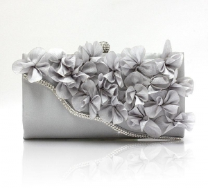 China Two Designer Handbags High Quality Women Leather Handbags Diamond Flower Evening Clutch Bag on sale
