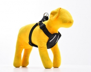 China Reflective Adjustable Stong Nylon Dog Car Harness with Pad for Safety on sale