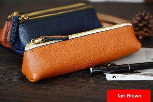 China Custom Handmade Vegetable Tanned Italian Leather Pen Bag Pencil Case Pen Pouch D052 on sale