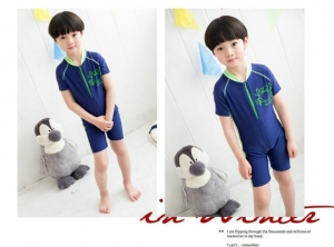 China Swimsuit for children, boys and girls, body bathing suit, swimming spa, flat angle swimming trunks on sale