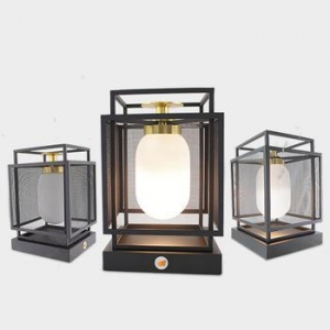 China Modern Hotel Crystal Desk Light Designer Crystal Block Table Lamp for Bed Side Lighting on sale