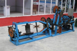 China Reverse Twisted Barbed Wire Machine on sale