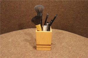 China Solid Wooden Pen Pot on sale