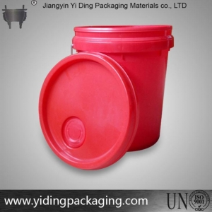 China 1 Gallon Red Plastic Bucket for Paint on sale