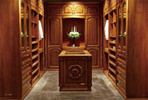 China Walk In Wardrobes For Small Rooms on sale