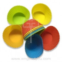 China Food-grade Round Silicone Muffin Cupcake Molds Baking Tool on sale
