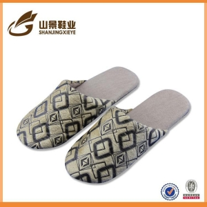 China Water Proof PU Ladies Flat Winter Warm Cotton Slipper on sale