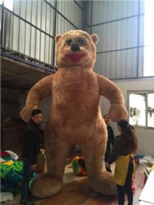 China inflatable walking brown bear cartoon model on sale