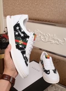 China Gucci 2019 New Men's White & Red Leather Casual Shoes on sale