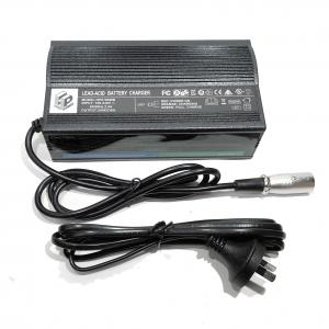 China Fireproof Solar 12v 20a Car Battery Charger Microprocessor Control on sale