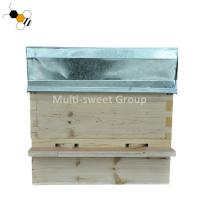 China 2 Layers Thick 22mm Pine Wood Beehive With Metal Roof on sale