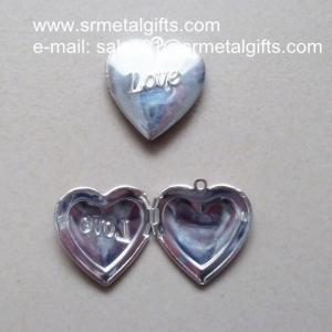 China Silver Love Heart Photo Locket for diy jewelry, Love Heart Picture Locket on sale