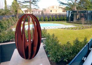Various Size Hollow Corten Steel Sculpture Rusty Metal Garden
