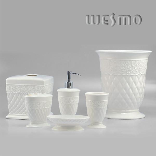 Conique Snow White Ceramic Bathroom Accessories Sets Product Photos