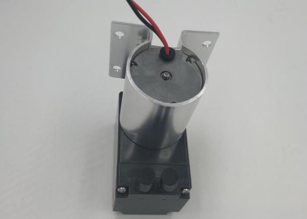 Air pump for gas with brushless DC motor diaphragm