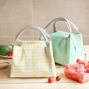 China Reusable Soft Insulated Cooler Bag Large Capacity With Linen Fabric Material on sale