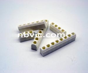 China Steatite ceramic insulator for band heater, electric insulation ceramic parts on sale