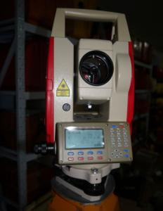 China 2015 hot sale total station with good quality on sale
