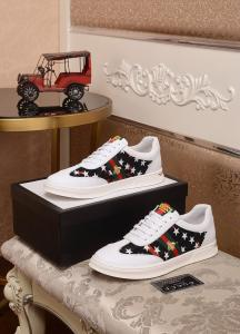China Gucci 2019 New Men's White & Black Leather Casual Shoes on sale