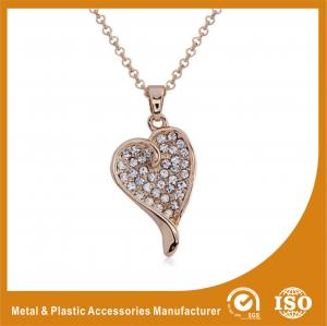 China OEM / ODM Metal Chain Necklace For Women Heart Pendant Necklace on sale