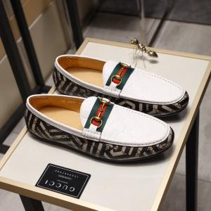 China Gucci 2019 New Explosion Men's Cattle Hide White Peas Shoes on sale