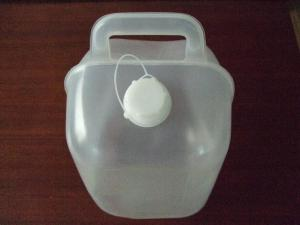 China 5L 1Gallon Collapsible Water Container, 5L Collapsible LDPE Jerry Can with handle on sale