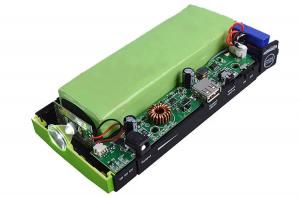 China 12 V Mini Lithium Polymer Car Battery , Car Jump Starter And Portable Power Bank supplier